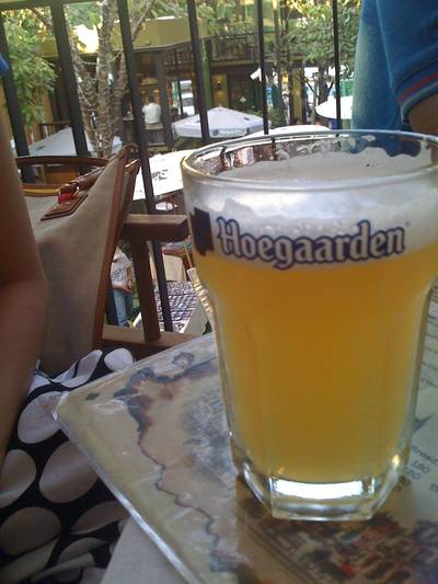 Hoegaarden Half Pint   HOBS Bar &amp; Restaurant  Aree Garden