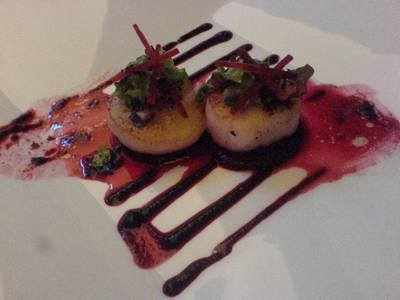 Seared Alaskan Scallop ที่ ร้านอาหาร Rib Room & Bar (RR & B)