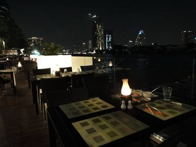 etc.. on the river ที่ ร้านอาหาร etc.. on the river Royal Orchid Sheraton