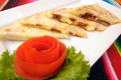 You have to try this quesadillas with chorizo ที่ ร้านอาหาร Tacos & Salsa