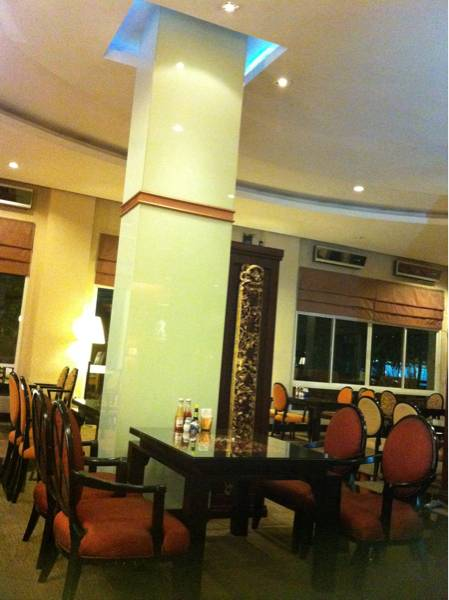 ร้านอาหาร The Café Teria Atrium Boutique Resort Hotel