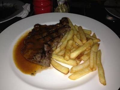 Sirloin  250   Wine Republic Thonglor