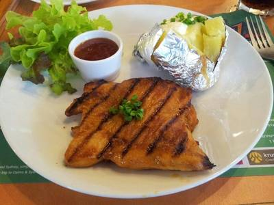 Spicy Grilled Chicken ที่ ร้านอาหาร Sizzler cp tower