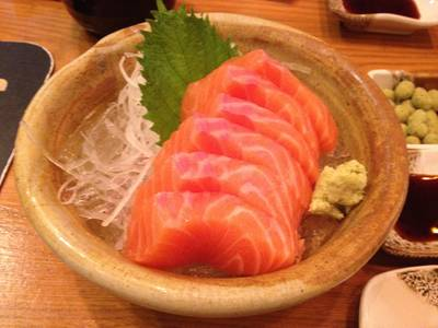 Shori Salmon Sashimi  ที่ ร้านอาหาร Shori Sushi House