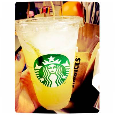 Starbucks Fruit-Drink Lemon Lemon ที่ ร้านอาหาร Starbucks Siam Paragon