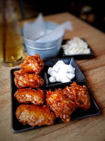 It&#039;s not just chicken... It&#039;s BonChon chicken!! ^0^   BonChon Chicken  13