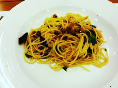 Spaghetti With bacon And Black Olive   The Village Garden Restaurant