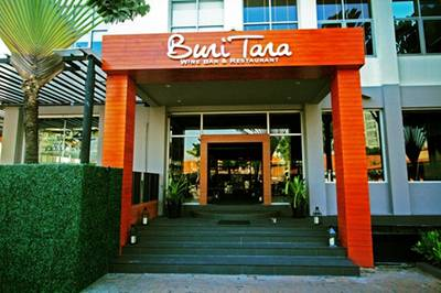 ร้านอาหาร Buri Tara Wine Bar & Restaurant