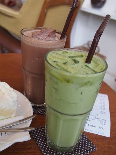 iced matcha &amp; chocolate frape   Library  9
