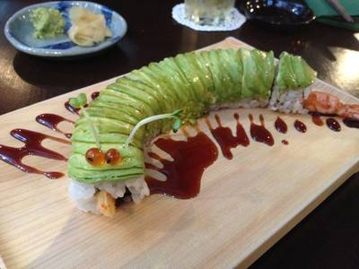 Caterpillar ที่ ร้านอาหาร In the Mood for Love: Sushi Bar & Bistro