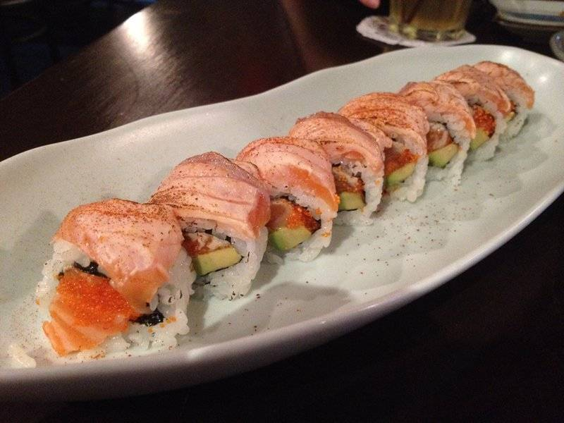 Very salmon (340.-) ที่ ร้านอาหาร In the Mood for Love: Sushi Bar & Bistro