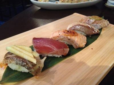 Aburi Set ที่ ร้านอาหาร In the Mood for Love: Sushi Bar & Bistro