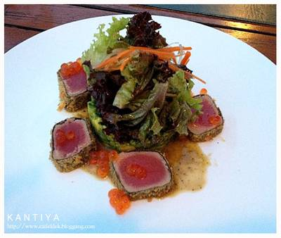Tuna Tempura (320B) ที่ ร้านอาหาร The Garret ​(Secret Bistro Bar)