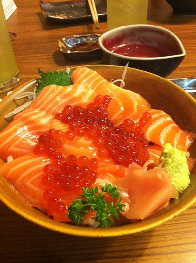 Salmon Ikura Don   Tororo Sushi