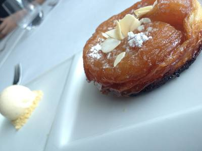 Apple Tarte Tartin ที่ ร้านอาหาร Water Library Chamchuree Square
