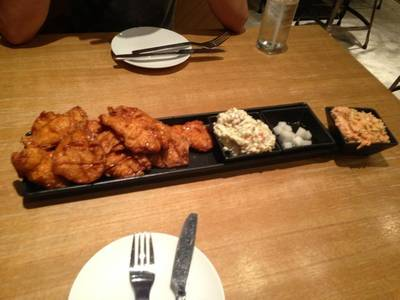 ร้านอาหาร BonChon Chicken Central World