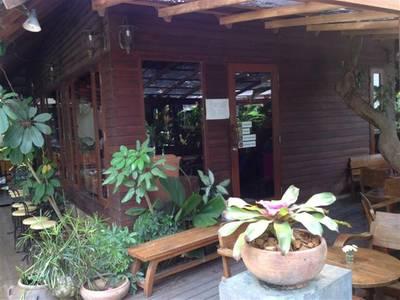 ร้านอาหาร Le Petit Cafe