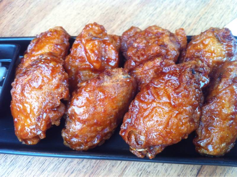 Bonchon Wings ( M ) 230 บาท at BonChon Chicken Thonglor 13